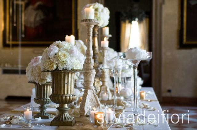 rose e peonie per matrimono classico