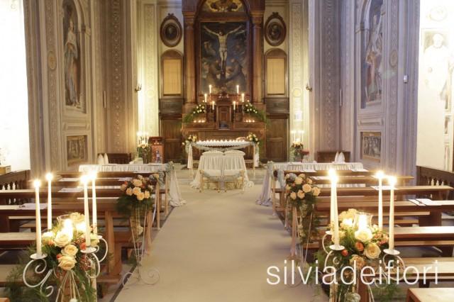 chiesa roma allestimento fiori