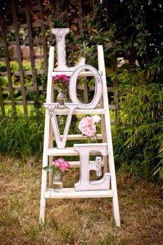 scala per allestimento matrimonio shabby chic