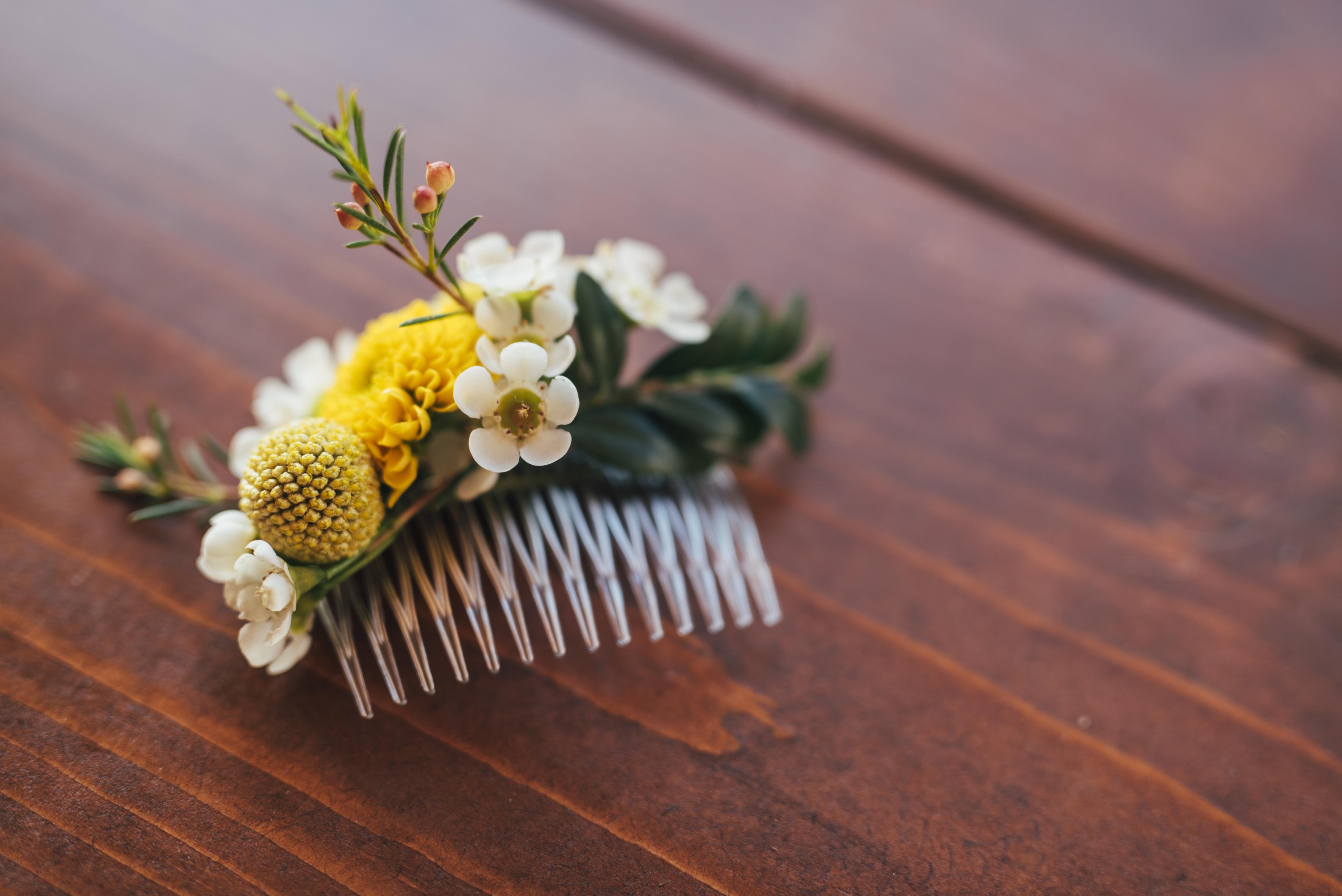pettinino con fiori