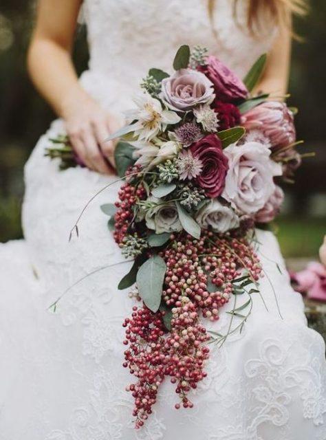 Bouquet Da Sposa A Cascata.Le 5 Tipologie Di Bouquet Da Sposa Guida All Uso Silviadeifiori